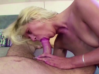 MILF Step-Mom Seduce Young Teen to Fuck her Anal