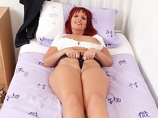 British milf Beau Diamonds dildos her fuckable fanny