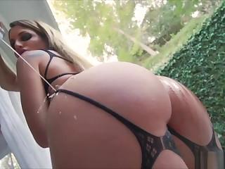 Big white booty pmv