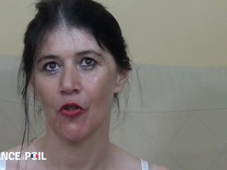 La France A Poil - Angelina, 45 Yo Mature, Gets Double