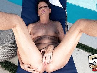 A day at the pool with Beth McKenna - Beth McKenna - 50PlusMILFs