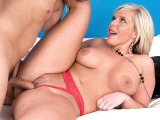 A creampie for Carey - Carey Riley and Juan Largo - 40SomethingMag