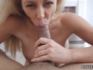 Two Amateur Teens Giving Blowjob Cherie Deville In