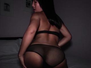 Hot Thai ladyboy slut in sexy fishnet
