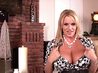 Big Natural Knockers Kelly Madison And Gianna Michaels