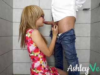 I Fucked And Squirted In The Bathroom Of A Party - Ashley Ve - Nerdy Glasses